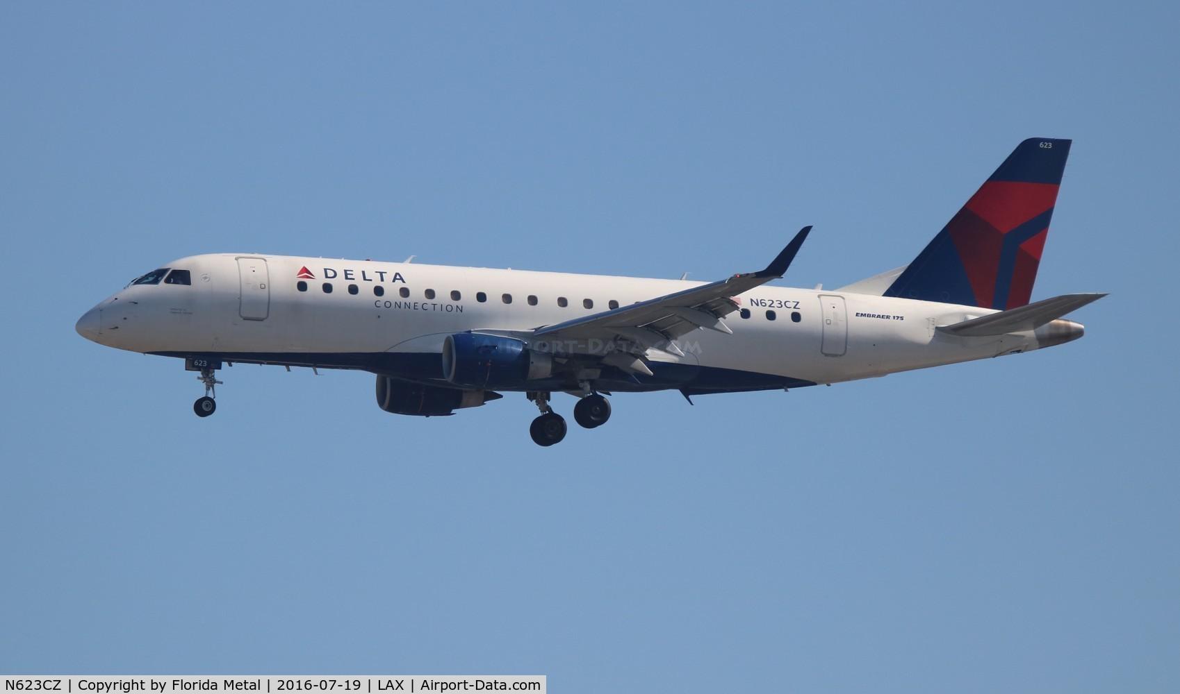 N623CZ, 2008 Embraer 175LR (ERJ-170-200LR) C/N 17000221, Delta Connection