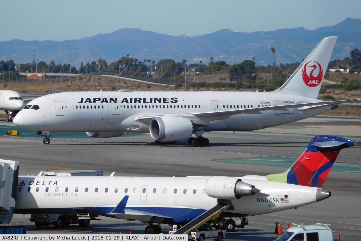 JA824J, 2011 Boeing 787-846 Dreamliner C/N 34834, At LAX