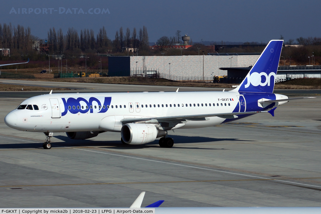 F-GKXT, 2009 Airbus A320-214 C/N 3859, Taxiing