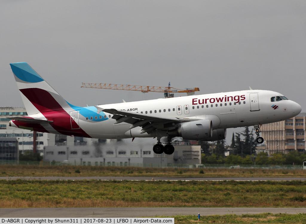 D-ABGR, 2008 Airbus A319-112 C/N 3704, Landing rwy 32R