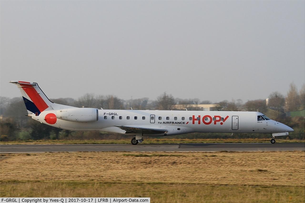 F-GRGL, 2001 Embraer EMB-145EU (ERJ-145EU) C/N 145375, Embraer EMB-145EU, Take off run rwy 25L, Brest-Bretagne Airport (LFRB-BES)