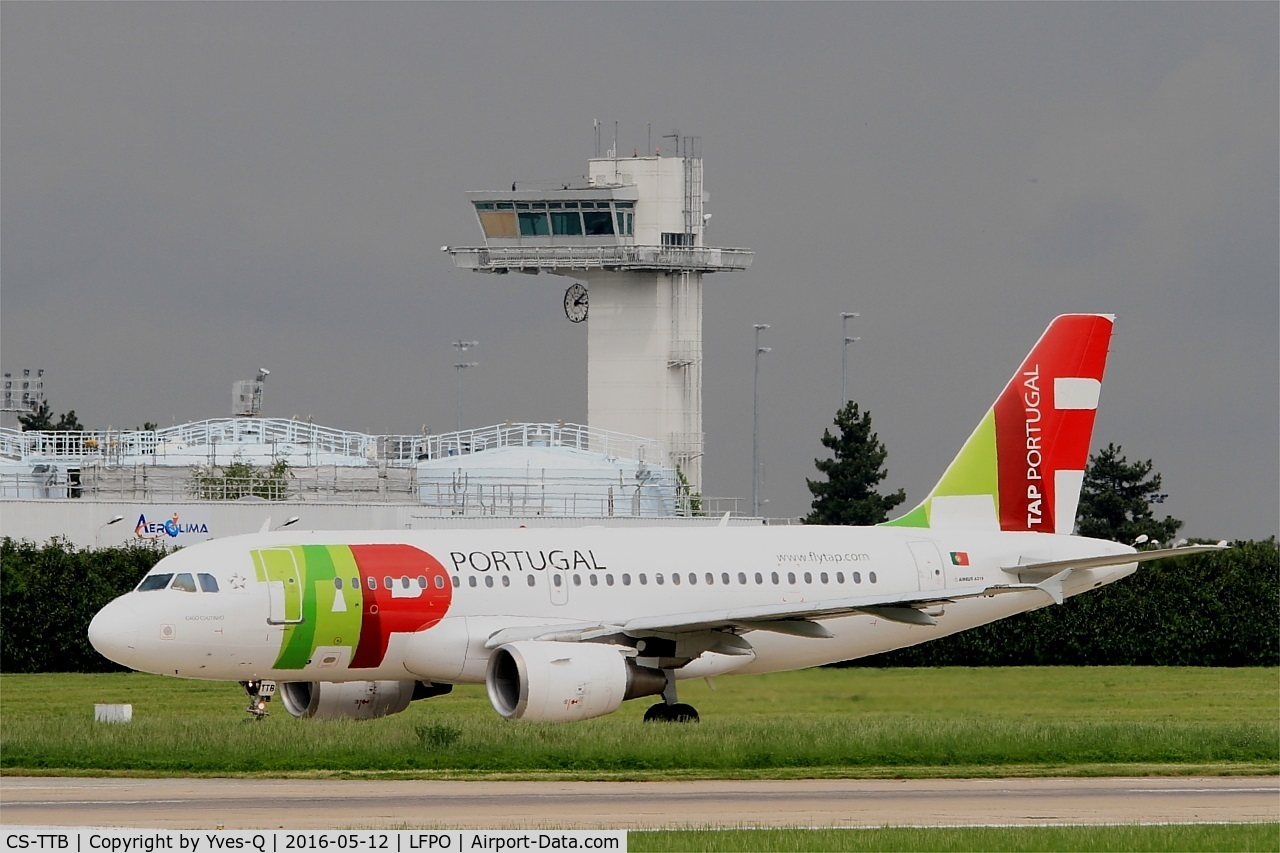 CS-TTB, 1997 Airbus A319-111 C/N 755, Airbus A319-111, Taxiing to west terminal, Paris-Orly Airport (LFPO-ORY)