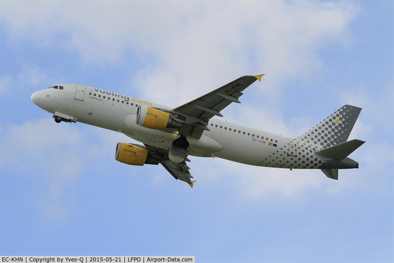 EC-KHN, 2007 Airbus A320-216 C/N 3203, Airbus A320-216, Take off rwy 24, Paris-Orly Airport (LFPO-ORY)