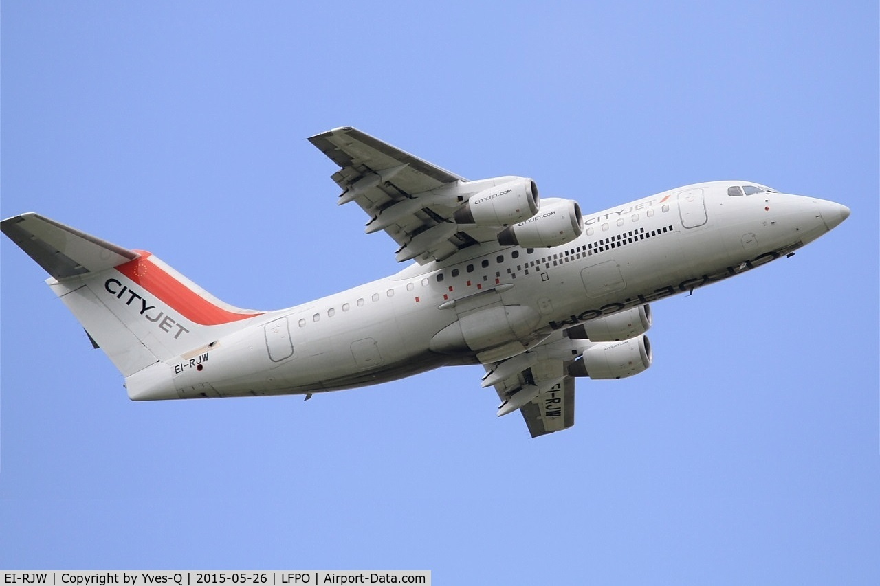 EI-RJW, 2000 British Aerospace Avro 146-RJ85A C/N E2371, British Aerospace RJ85A, Take off rwy 08, Paris-Orly airport (LFPO-ORY)