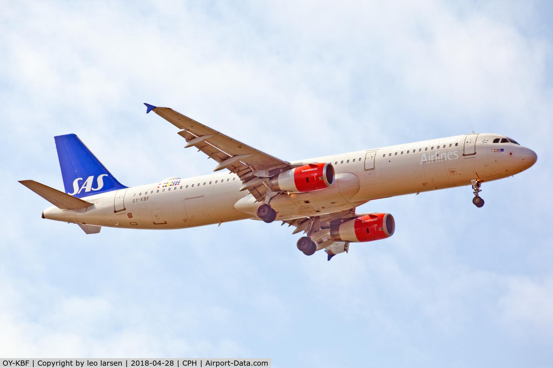 OY-KBF, 2002 Airbus A321-232 C/N 1807, Copenhagen 28.4.2018 app to R-04L