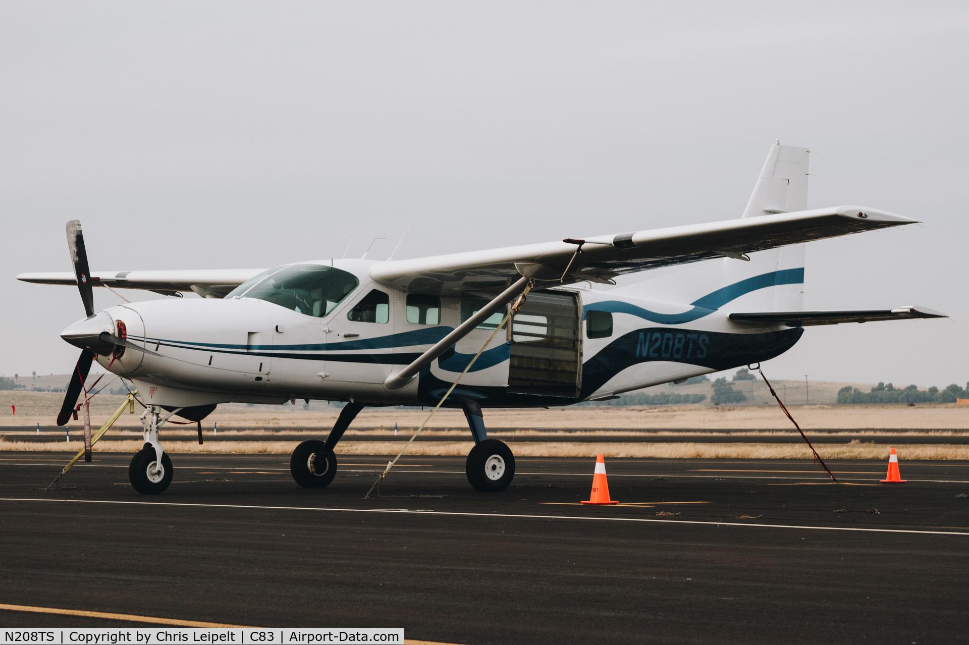 Aircraft N208TS (1985 Cessna 208 Caravan I C/N 20800124