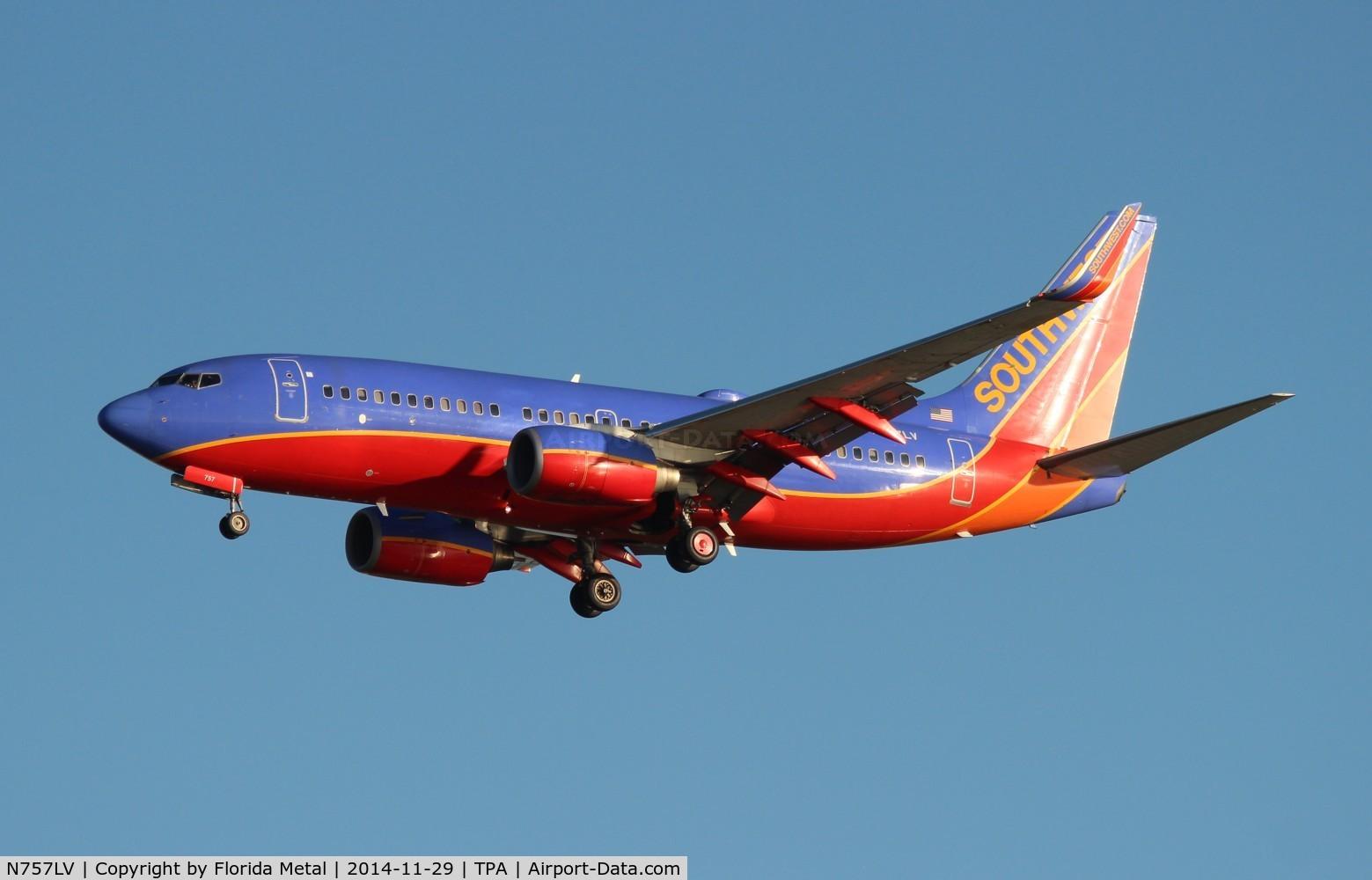 N757LV, 1999 Boeing 737-7H4 C/N 29850, Southwest