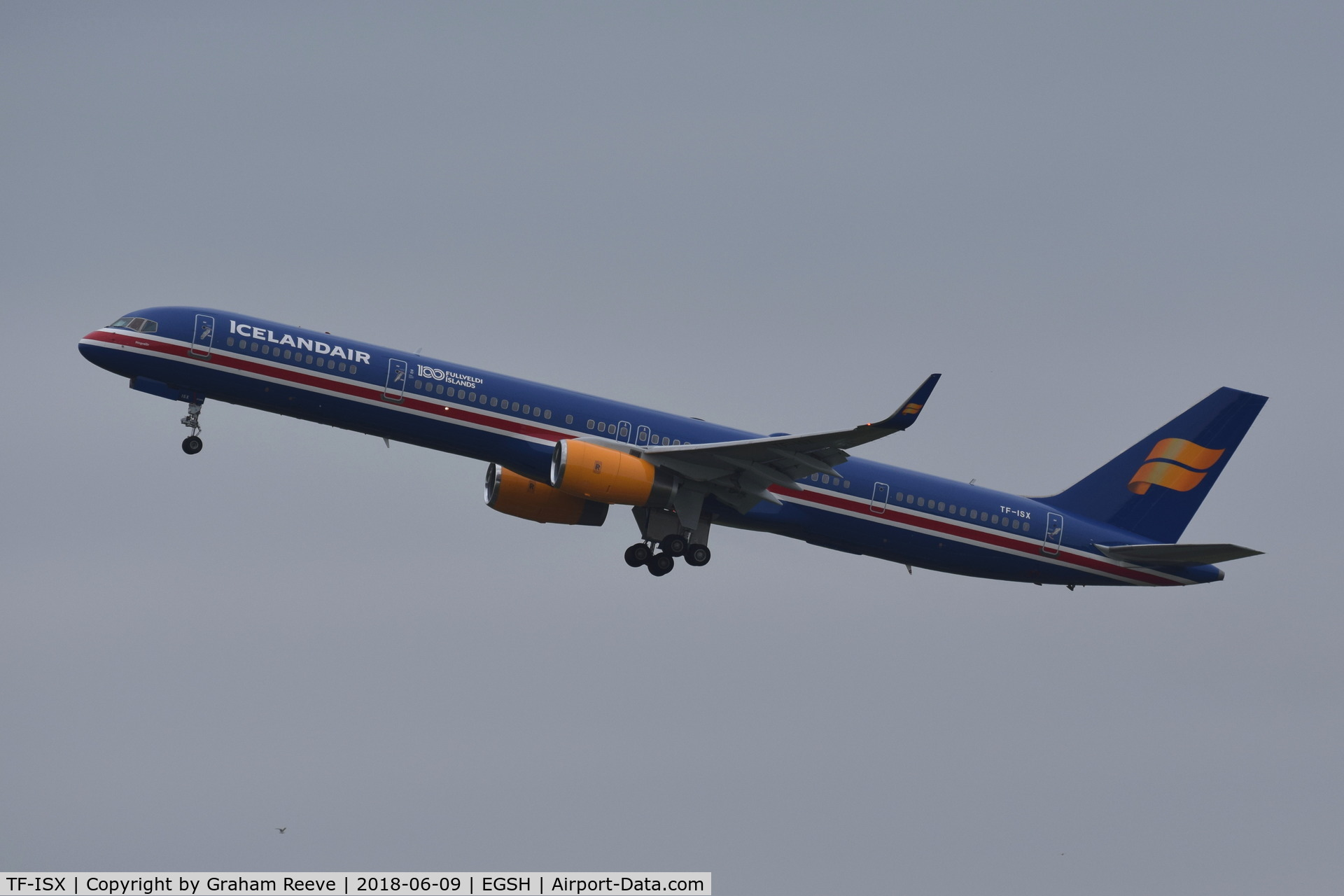 TF-ISX, 2000 Boeing 757-3E7 C/N 30179, Departing from Norwich.