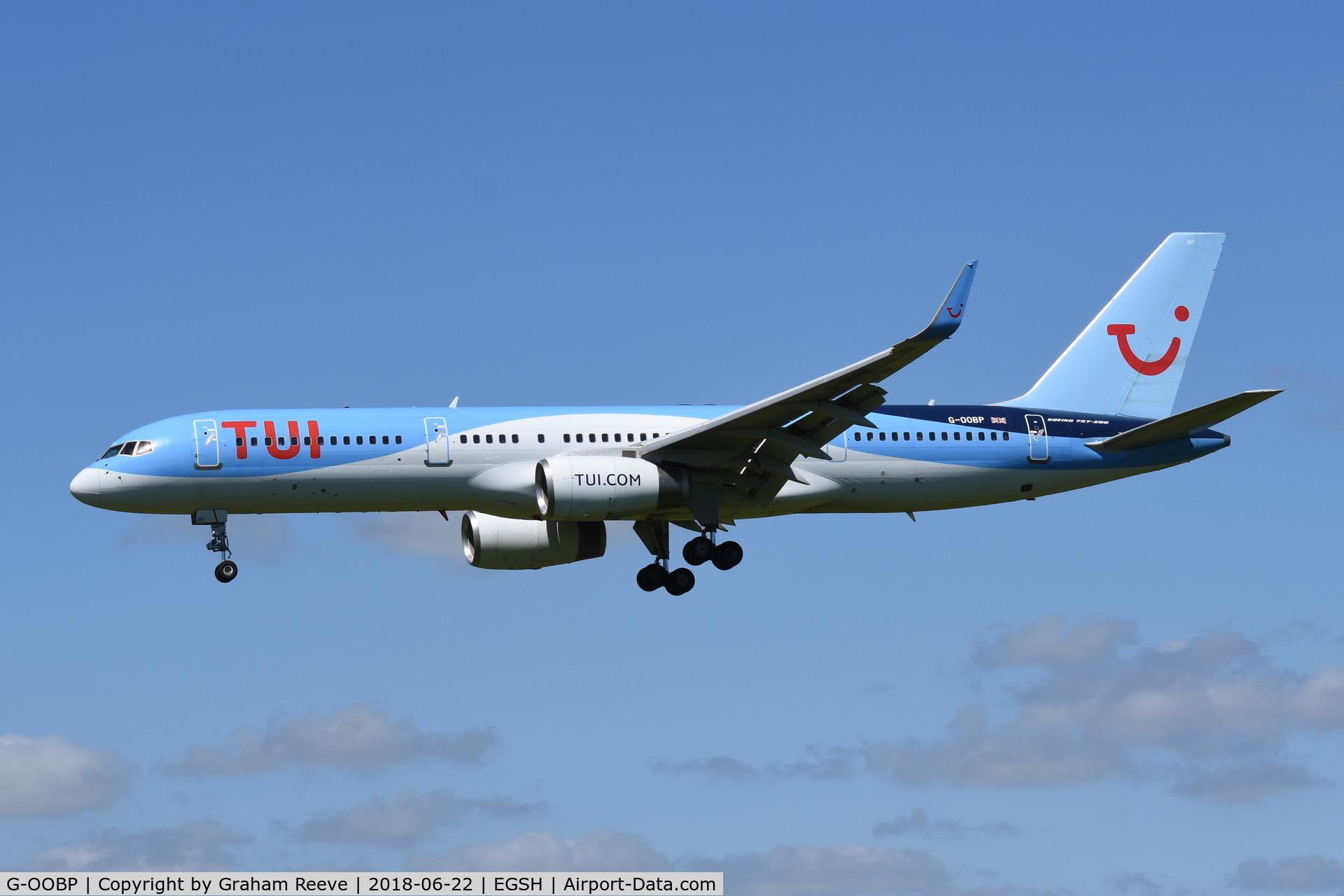 G-OOBP, 2000 Boeing 757-2G5 C/N 30394, Landing at Norwich in TUI titles.