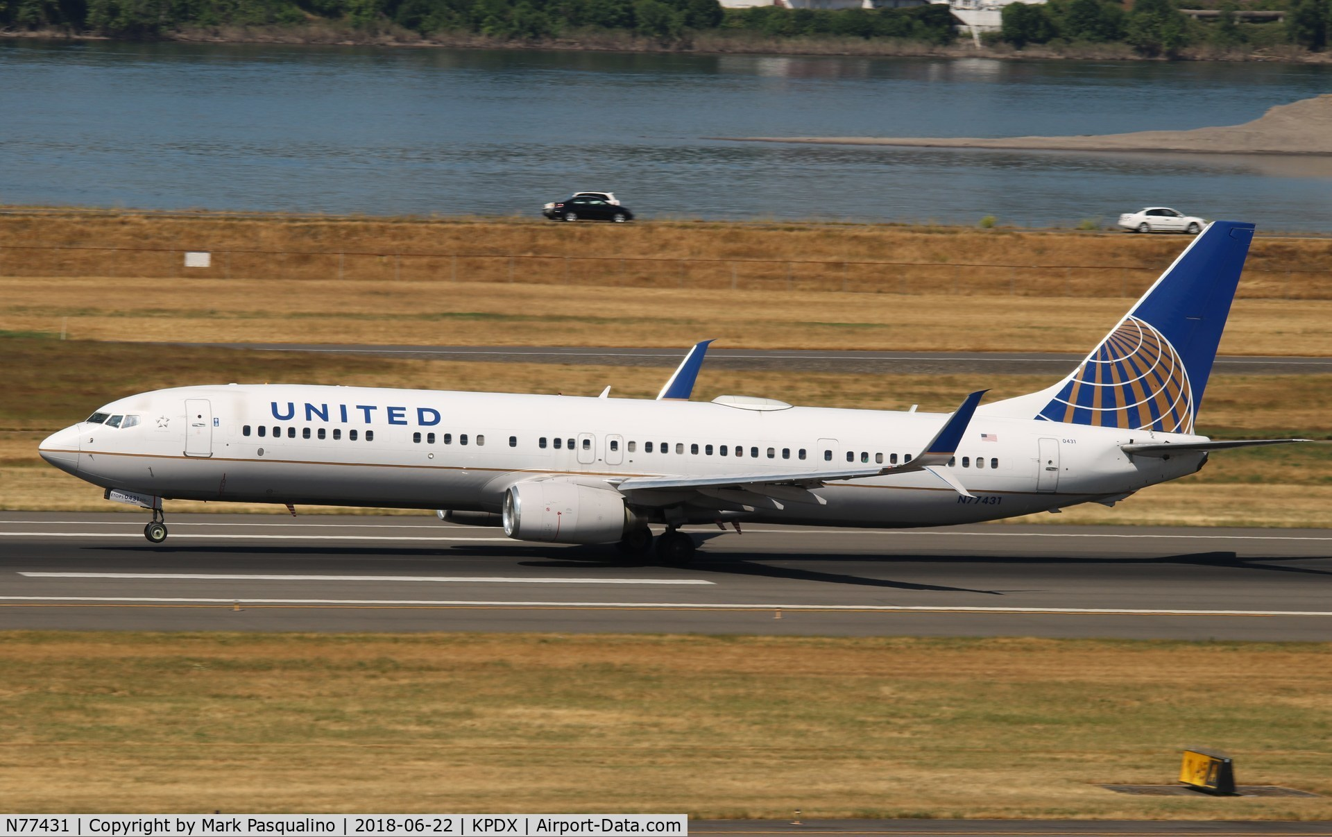N77431, 2009 Boeing 737-924/ER C/N 32833, Boeing 737-900ER
