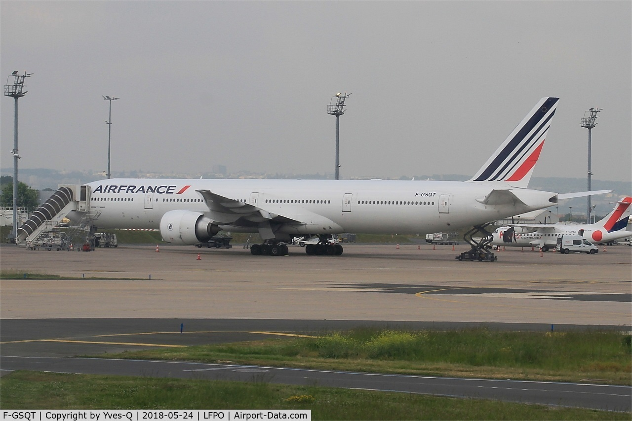 F-GSQT, 2007 Boeing 777-328/ER C/N 32846, Boeing 777-328 ER, Parked, Paris-Orly airport (LFPO-ORY)