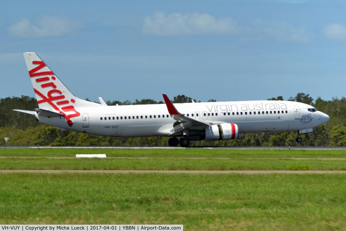 VH-VUY, 2010 Boeing 737-8KG C/N 39450/3494, At Brisbane