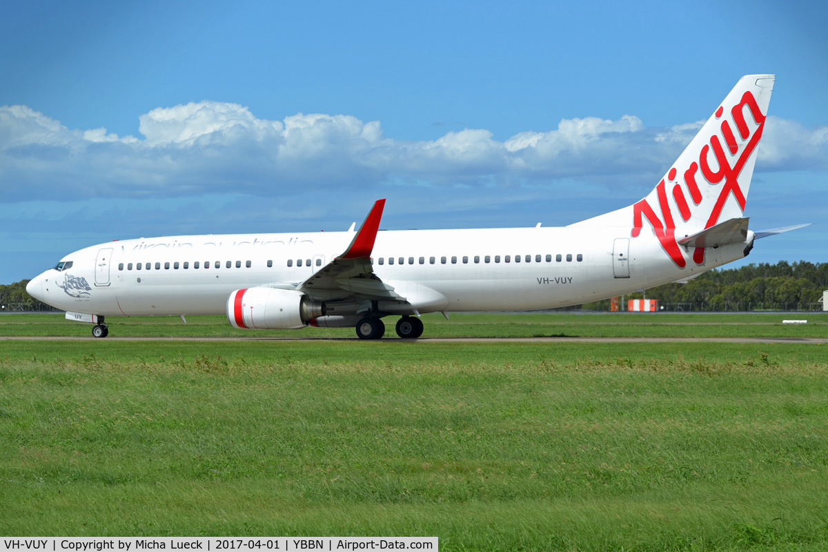 VH-VUY, 2010 Boeing 737-8KG C/N 39450/3494, At Brisbane