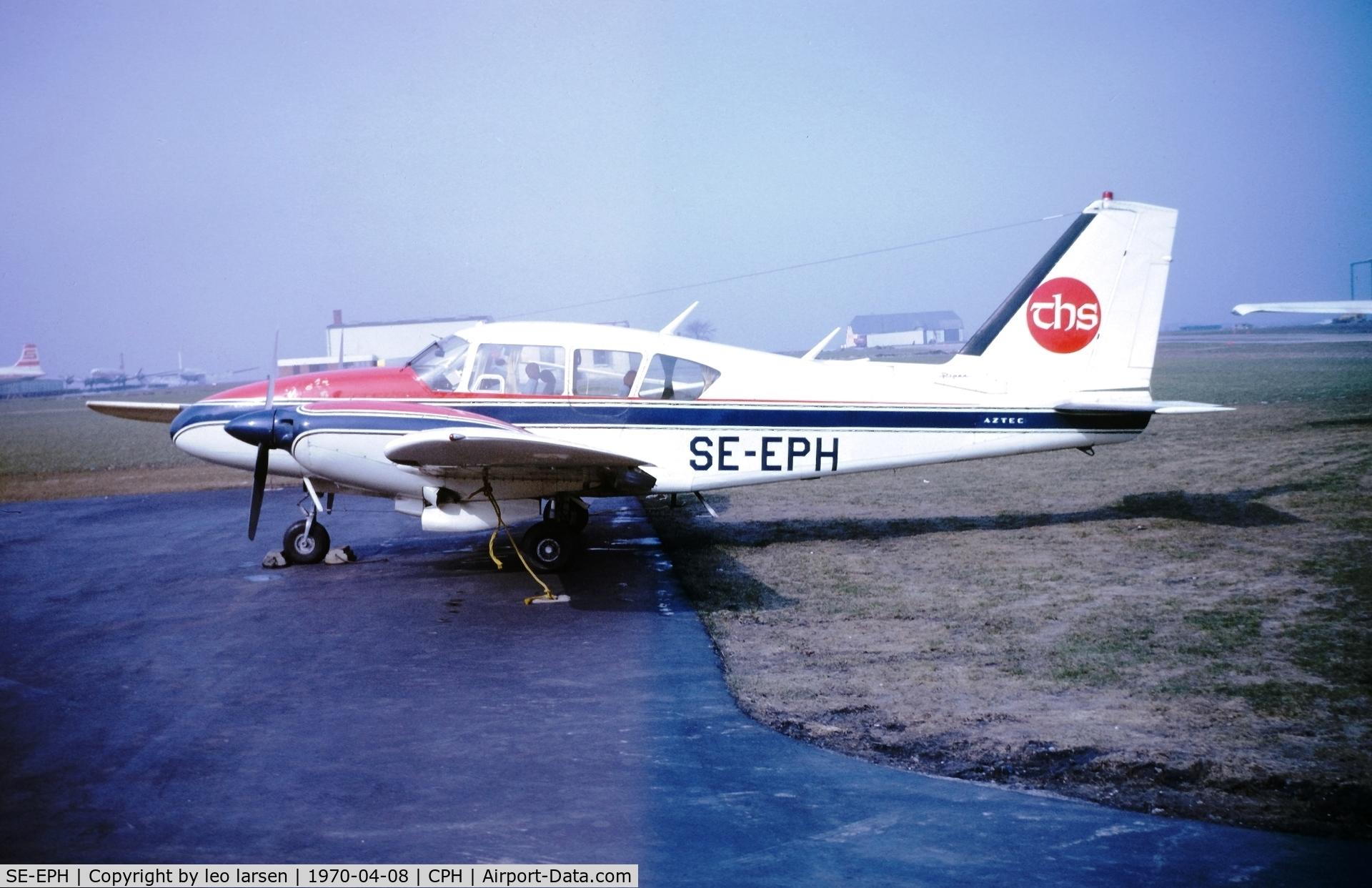 SE-EPH, 1966 Piper PA-23-250 Aztec C C/N 27-3373, Copenhagen 8.4.1970