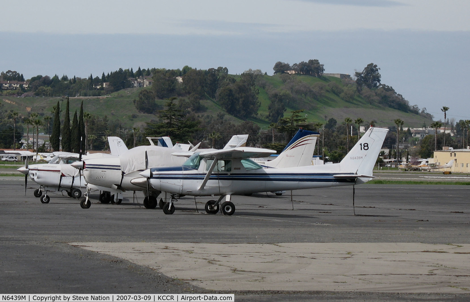 N6439M, 1980 Cessna 152 C/N 15284727, 1980 Cessna 152 #18 @ Buchanan Field (Concord, CA)