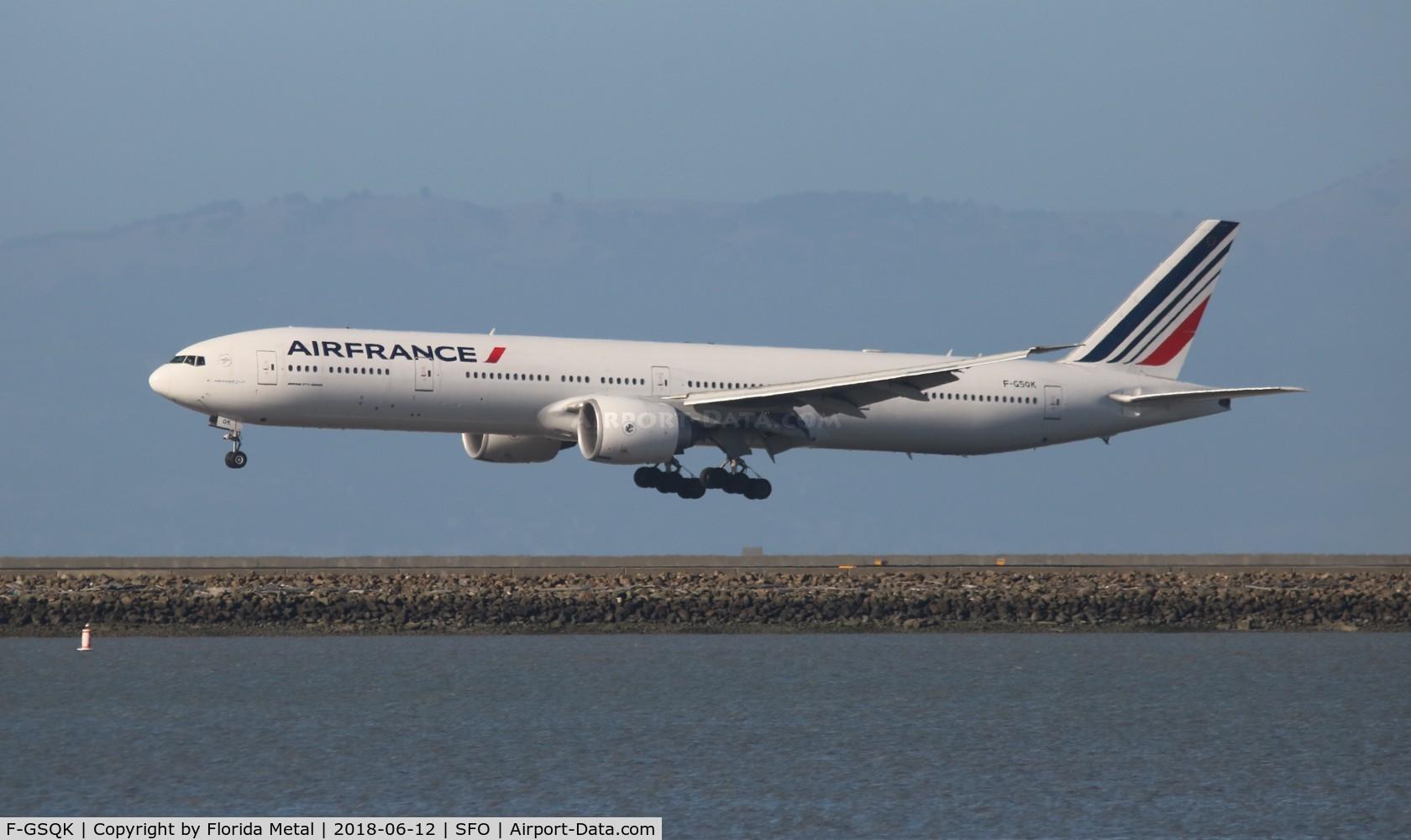 F-GSQK, 2005 Boeing 777-328/ER C/N 32845, Air France