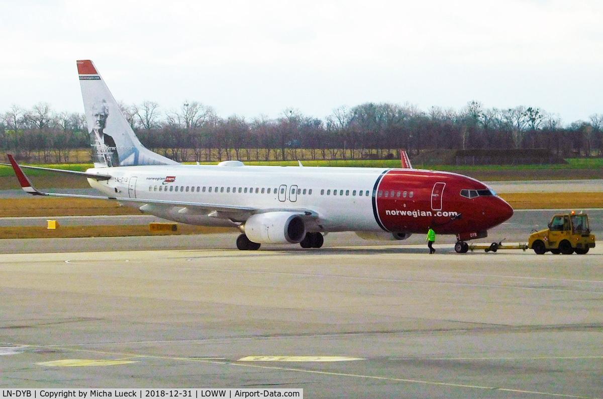 LN-DYB, 2009 Boeing 737-8JP C/N 39163, At Vienna