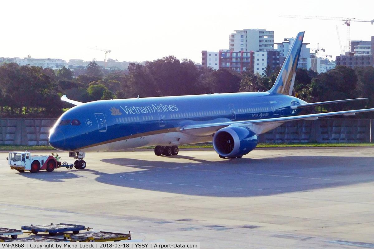 VN-A868, 2016 Boeing 787-9 Dreamliner Dreamliner C/N 39288, At Mascot