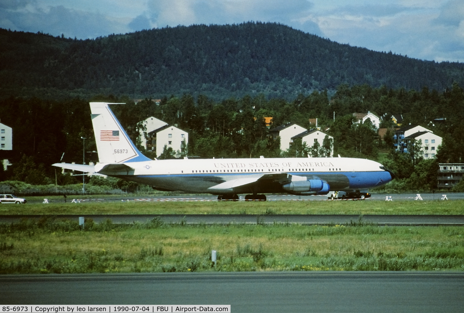85-6973, 1969 Boeing 707-396C C/N 20043, Oslo Fornebu 4.7.1990