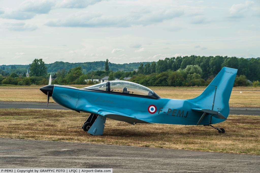 F-PEMJ, Jurca MJ-5 L2 Sirocco C/N 45, during air show