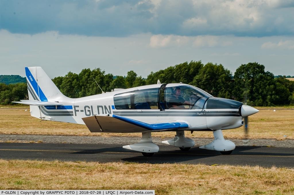 F-GLDN, Robin DR-400-140B Major C/N 2096, during air show