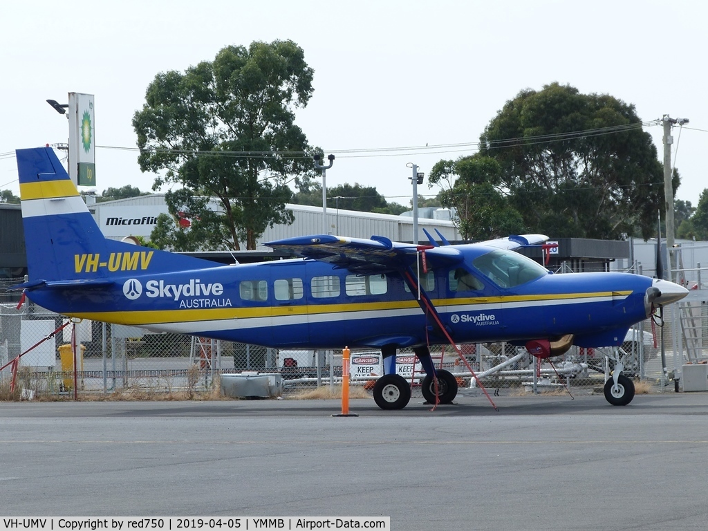 VH-UMV, 1986 Cessna 208 Caravan I C/N 20800077, Cessna Caravan skydive plane at Moorabbin Apr 5, 2019.