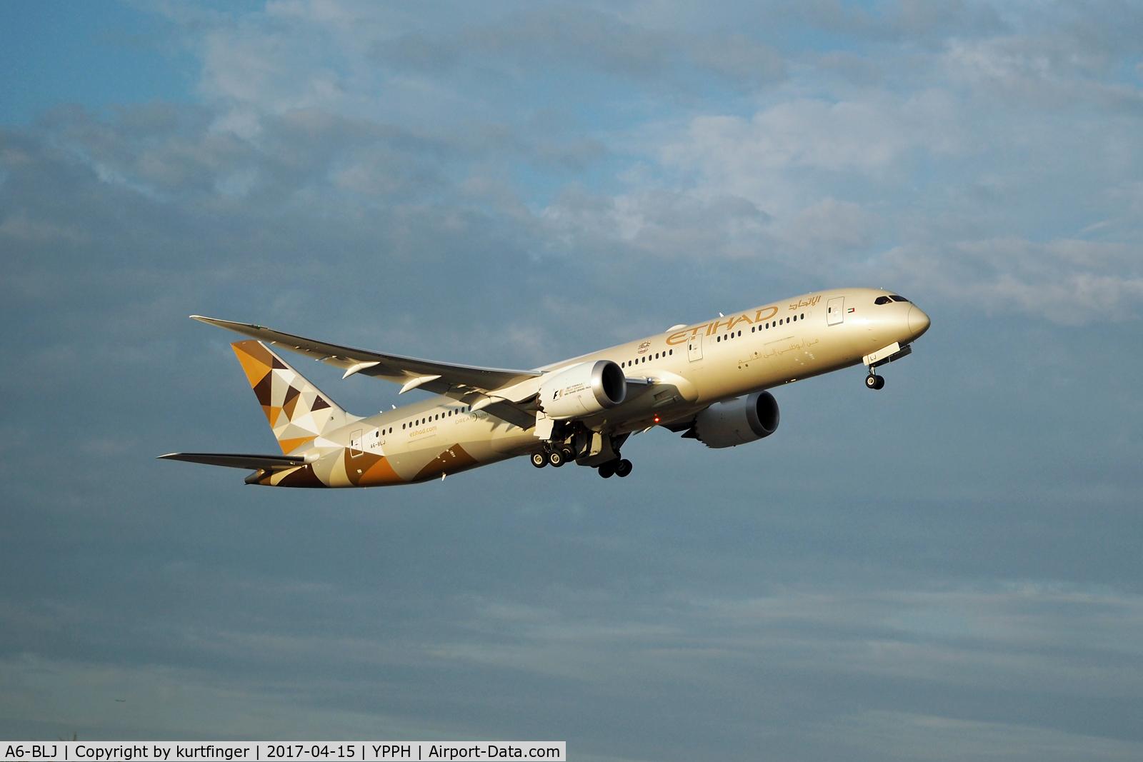 A6-BLJ, 2016 Boeing 787-9 Dreamliner Dreamliner C/N 39657, Boeing 787-9. Etihad  A6-BLJ. Departed runway 21, Perth Int'l.
