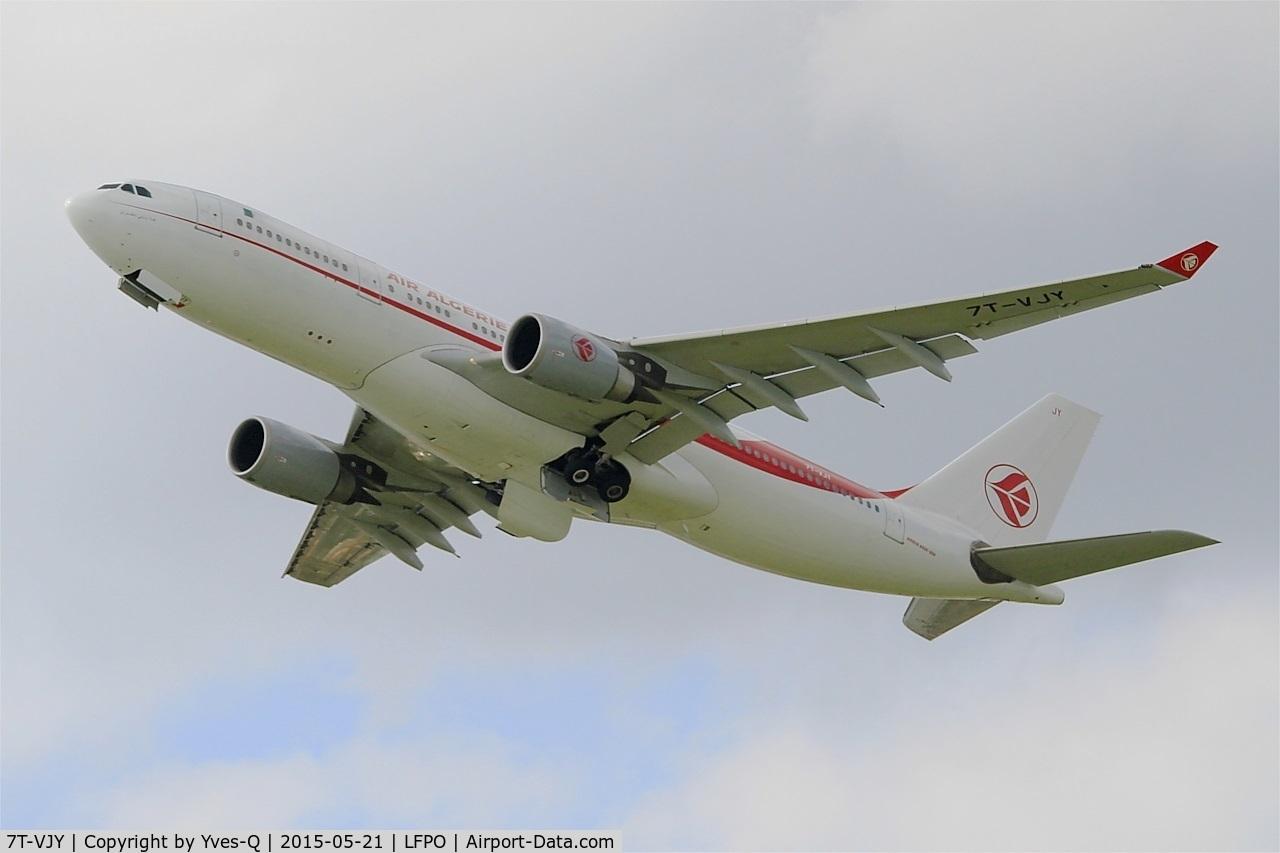 7T-VJY, 2005 Airbus A330-202 C/N 653, Airbus A330-202, Take off rwy 24, Paris-Orly airport (LFPO-ORY)
