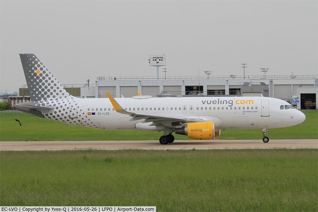 EC-LVO, 2013 Airbus A320-214 C/N 5533, Airbus A320-214, Take off run rwy 08, Paris-Orly Airport (LFPO-ORY)