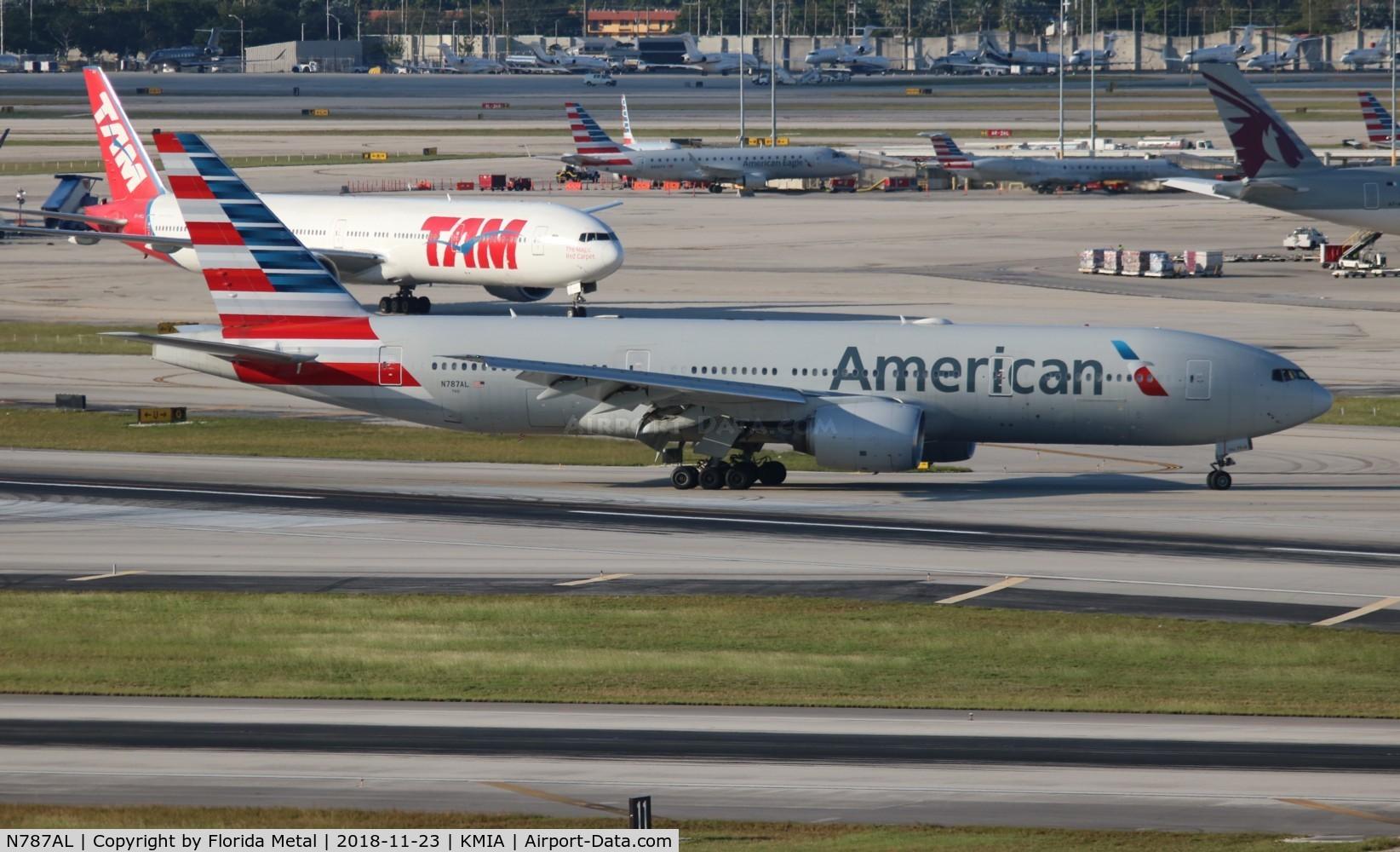 N787AL, 2000 Boeing 777-223 C/N 30010, American