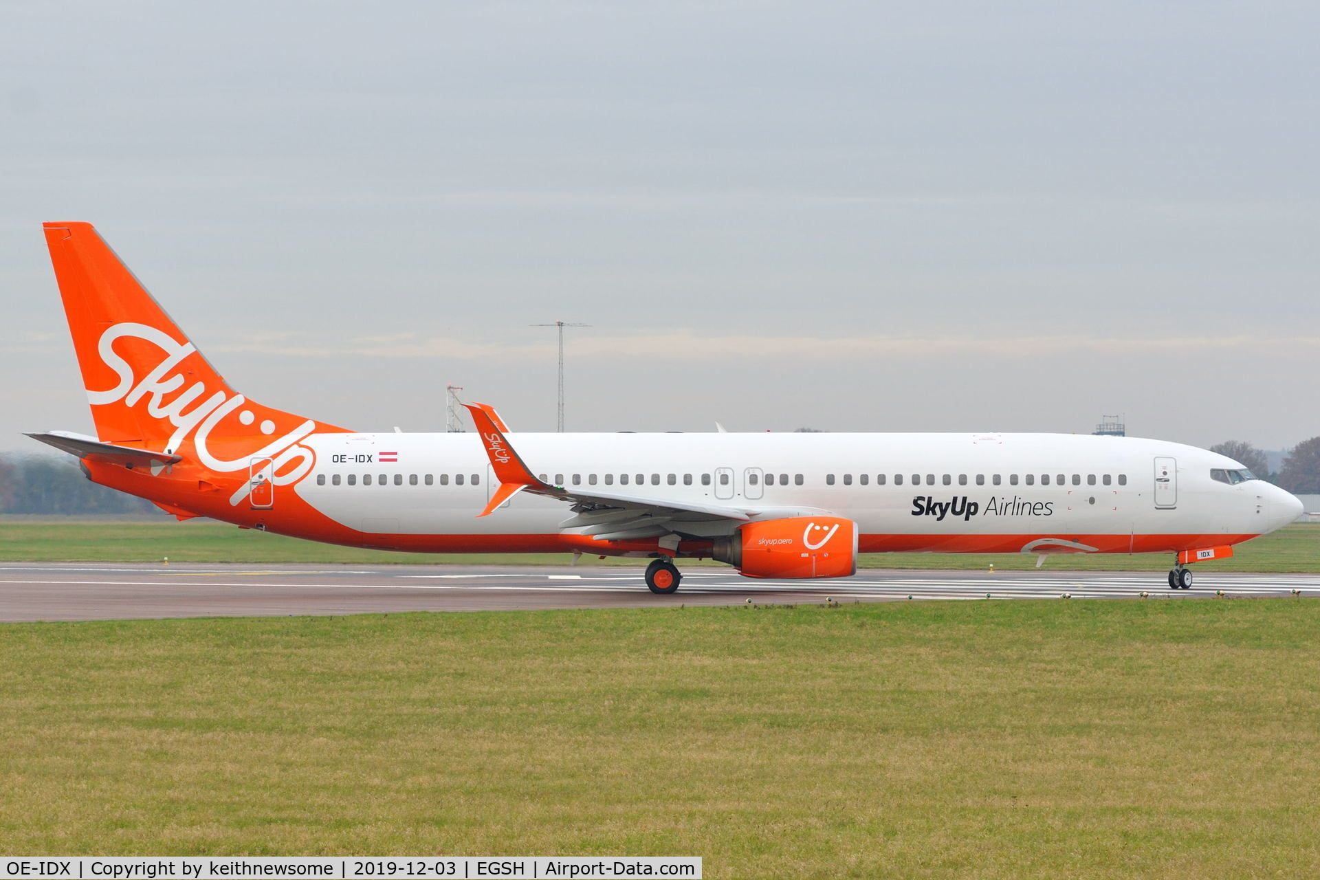 OE-IDX, 2008 Boeing 737-900/ER C/N 35225, Leaving Norwich for small air test prior to returning to Lasham.