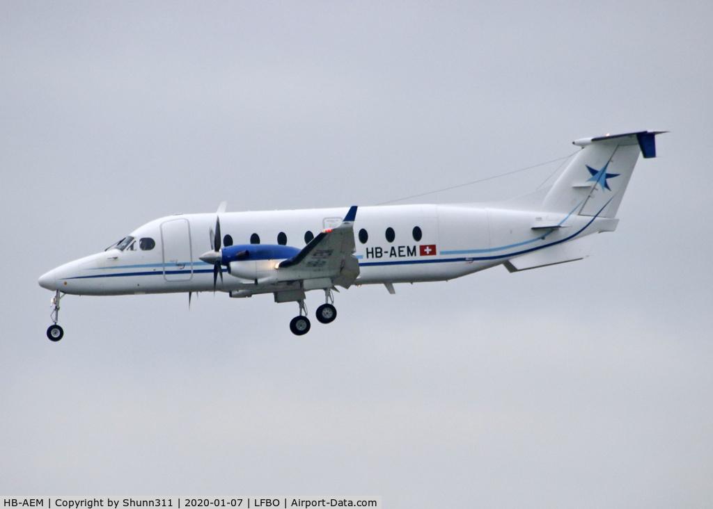 HB-AEM, 1999 Beech 1900D C/N UE-379, Landing rwy 14R
