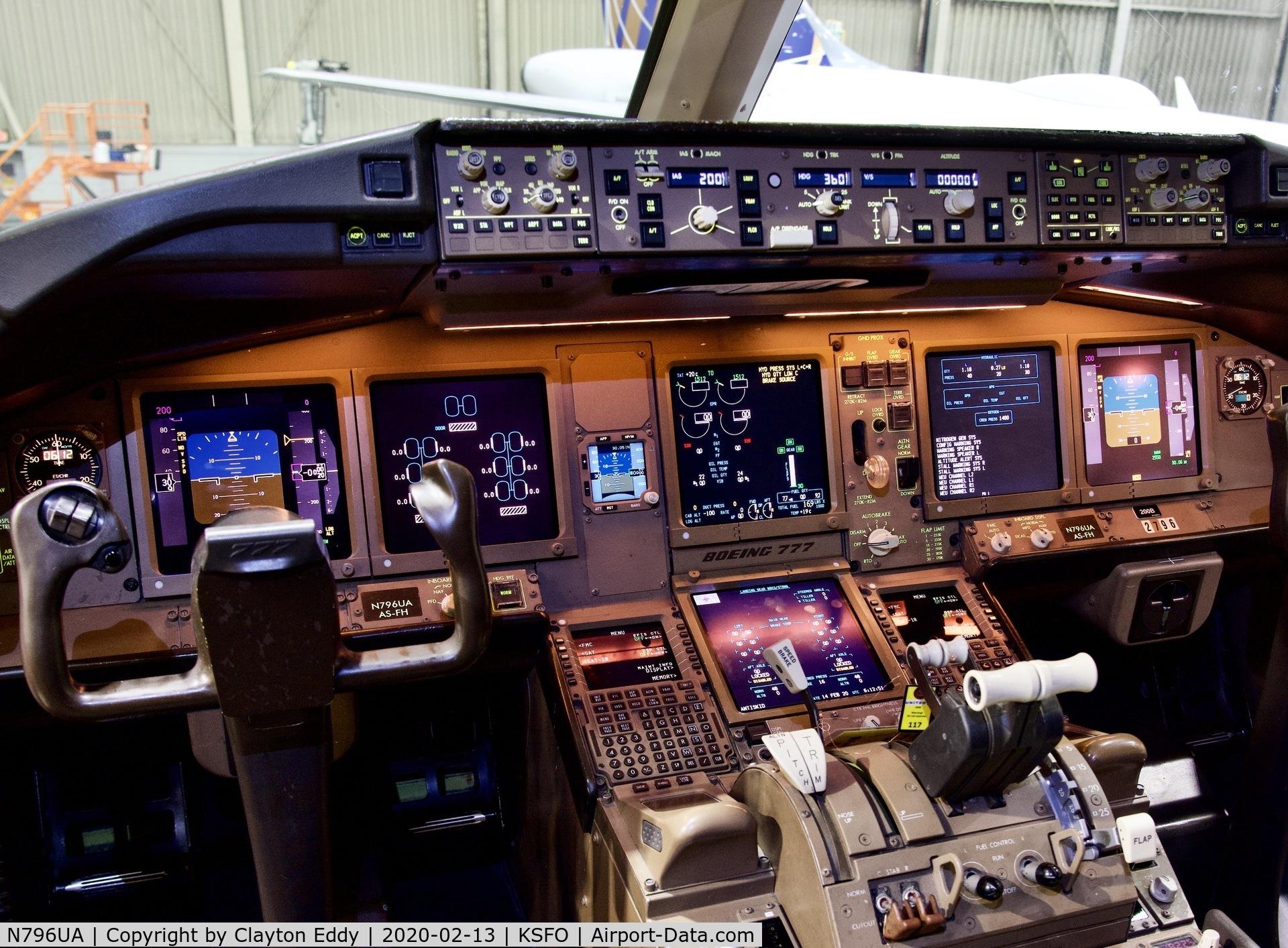 N796UA, 1998 Boeing 777-222 C/N 26931, SFO 2020.