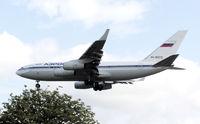 RA-96010 @ LHR - Aeroflot Russian Airlines Ilyushin Il-96-300 (RA-96010) landing at London (Heathrow) Airport in July 2004.