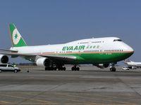 B-16403 @ SEA - Eva Air (Taiwan) Boeing 747 at Seattle-Tacoma International Airport - by Andreas Mowinckel