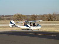 N1006G @ SEP - Taxi for takeoff rwy 32 - by Marc Thompson