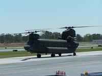 92-00298 @ PDK - Georgia National Guard Chinook At Mercury Air Service - by Michael Martin
