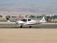 N635AT @ VGT - ATP Aircraft 1 / Diamond Aircraft Ind Inc DA 40 - (Star)