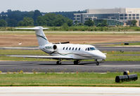 N135HC @ PDK - Taxing from Signature Air - by Michael Martin