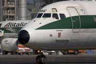 I-DAWC @ MXP - Alitalia MD80 close up