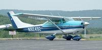 N92492 @ 44N - Skylane on the Ramp