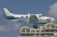 N767MC @ SXM - Beech 90 King Air