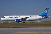 D-AICM @ VIE - Condor Airbus 320 - by Yakfreak - VAP