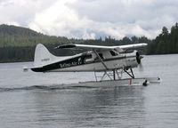 C-FGCY @ TOFINO - BEAVER - by martin rendall