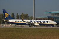 EI-DLG @ BTS - Ryanair Boeing 737-800