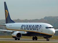 EI-DHV @ KRK - Ryanair - by Artur Bado?
