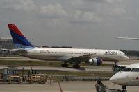 N660DL @ KATL - Delta 757