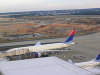 N863DA @ ATL - From the roof