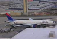 N865DA @ ATL - From Concourse E