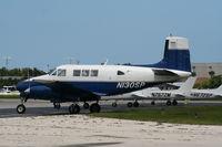 N130SP @ DAB - Queen Air